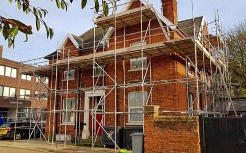 Scaffolding House Bungalow Essex London